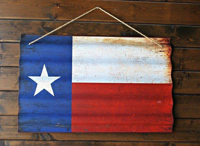 Monarch Advisors Finances Two Texas Transactions